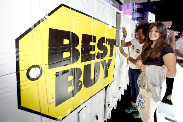 Black friday tv deals under 200