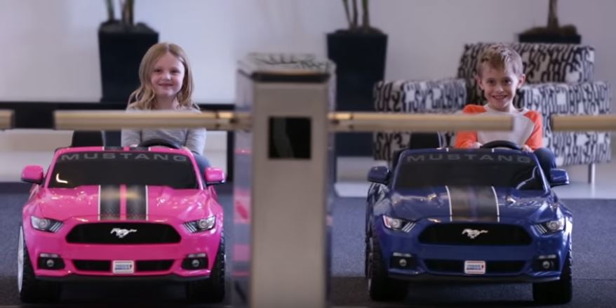Power Wheels Ford Mustang 2016 Cheap Offers Best Ride On Kids Car Gets Upgrade! $100 Cheaper Than Tesla u0026 Features Traction Control!  sc 1 st  Science World Report & Power Wheels Ford Mustang 2016 Cheap Offers: Best Ride On Kids Car ... markmcfarlin.com