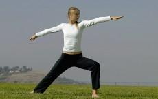 Maria Sharapova Practices Yoga