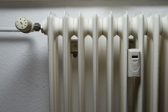 Heating Radiator And Thermostat