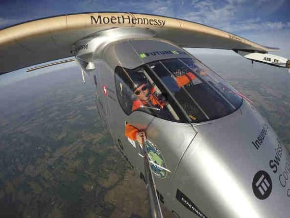 Solar Impulse takeoff from Dayton, Ohio