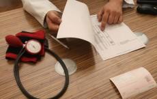 Doctors Seek Higher Fees From Health Insurers