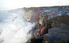 Thousands View Flowing Lava In Hawaii