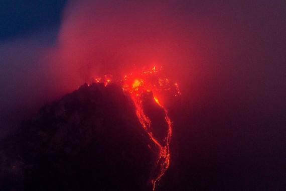 Thousands Flee As Mount Sinabung Erupts