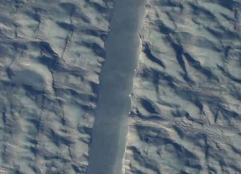 Mysterious Crack In Petermann Glacier