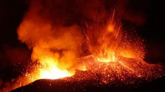 Campi Flegrei Supervolcano Eruption Prediction: Scientists See Signs Of Potential Explosion