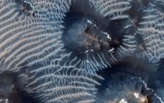 Two generations of Martian windblown sediments.