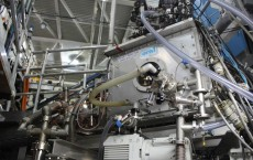 pellet injector installed on the DIII-D Tokamak in San Diego