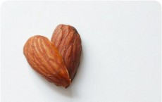 Tree Nuts Lower Blood Sugar Levels in People with Type 2 Diabetes