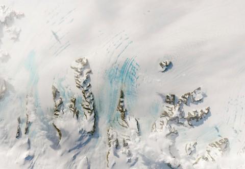 Warm winds in autumn could strain Antarctica's Larsen C ice shelf
